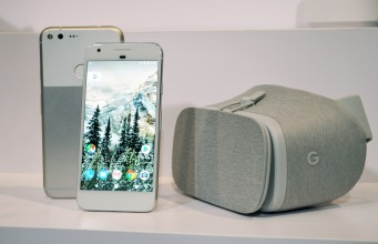 Google Expects 11 Daydream Ready Phones Available by Year's End
